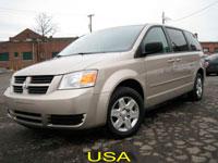 Dodge_Grand_Caravan_2009_3.3L_Gold_01